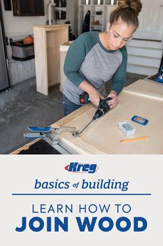 There's an easier way to join wood - no wood glue required. Kreg Jig Projects, Diy Wood Projects, Furniture Projects, Furniture Making, Wood Crafts, Diy Furniture, Woodworking Workshop, Woodworking Jigs, Carpentry