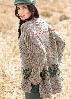 Объемный шерстяной пуловер с миксом узоров. Вязание спицами