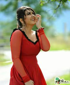 South Indian actress Hansika Motwani best picture and wallpaper gallery. Best hd image of actress Hansika Motwani. Beautiful Bollywood Actress, Most Beautiful Indian Actress, Beautiful Actresses, South Actress, South Indian Actress, Beautiful Red Dresses, Beautiful Saree, Beautiful Ladies, Photos Hd