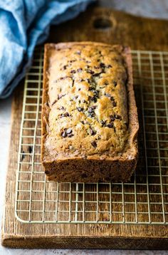 Chocolate Chip Zucchini Bread, Zucchini Bread Recipes, Mini Chocolate Chips, Best Chocolate, Delicious Chocolate, Vegetarian Chocolate, Potato Chips, Good Food, Easy Meals