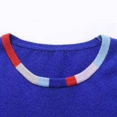 nebo různě useklé pruhy na triku nebo rukávy sešité z různých materiálů...
