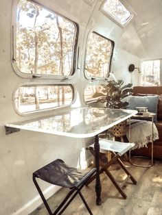Photo 2 of 10 in An Adventurous Florida Couple Revitalize a Acrylic - Wohnwagen Airstream Renovation, Airstream Rv, Airstream Remodel, Trailer Remodel, Bus Remodel, Airstream Living, Trailer 2, Camper Trailers, Travel Trailers