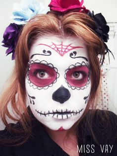 tete de mort mexicaine maquillage - Recherche Google Masque Halloween, Halloween Make Up, Halloween Costumes, Halloween Face Makeup, Fantasy Make Up, Dead Makeup, Makeup Step By Step, Fitness Gifts, Free Day