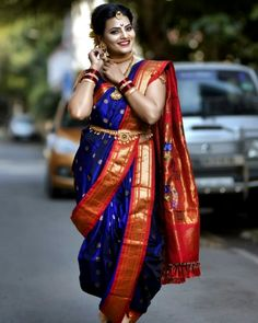 Image may contain: one or more people, people standing and outdoor Maharashtrian Saree, Marathi Saree, Marathi Bride, Marathi Wedding, Indian Wedding Bride, Indian Wedding Outfits, Wedding Girl, Bridal Outfits, Bridal Silk Saree
