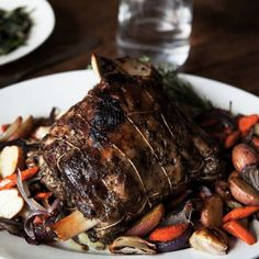 Rosemary and Thyme Braised Lamb Shoulder / David Cicconi Polenta, Lamb Recipes, Cooking Recipes, Greek Recipes, Diner Recipes, Healthy Recipes, Oven Recipes, Healthy Dinners, Light Recipes