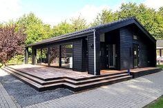 Black Line 99 - Stenhøj Husene Black House Exterior, Modern Barn House, Cabin House Plans, Dark House, Prefabricated Houses, Shed Homes, Small House Design, House In The Woods, Cabana