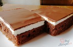 Much for a little: Wonderful cream cake with chocolate icing- Viel für wenig: Wunderbarer Cremekuchen mit Schokoglasur Much for little: Wonderful cream cake with … - Czech Desserts, Great Desserts, Dessert Recipes, European Dishes, Chocolate Icing, Healthy Diet Recipes, Cream Cake, Confectionery, International Recipes