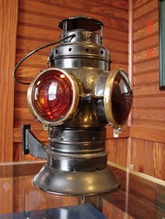 Kerosene caboose lantern via The History Museum of Burke (www.thehistorymuseumofburke.org) Morgantown Railroad Depot