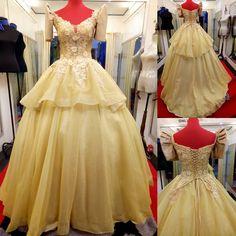 Filipiniana Dress / Balintawak Gown / Filipino Costume / Philippine Terno Royal Blue Prom Dresses, Grad Dresses, Formal Dresses, Modern Filipiniana Gown, Debut Party, Debut Dresses, Debut Ideas, Blue Gown, Beauty Pageant
