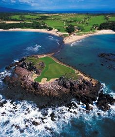 At the 18-hole Jack Nicklaus course at the Four Seasons Resort in Punta Mita, one hole is on an island 200 yards offshore