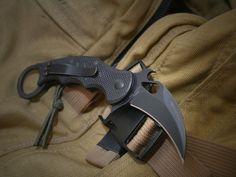 FOX Knives 479 Karambit G10 Folder Fighting Knife w/ Emerson Wave