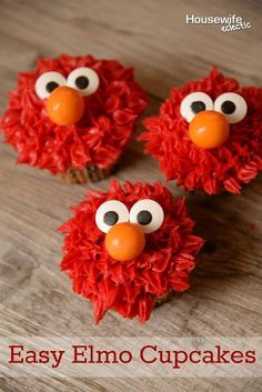 Easy Elmo Cupcakes for Birthday Party - Fabulous Elmo Themed Birthday Party Ideas. How to Throw the Ultimate Sesame Street Birthday Party to please any toddlers and preschoolers who love Elmo! Elmo Cupcakes, Cookie Monster Cupcakes, Elmo Cake, Baking Cupcakes, Party Cupcakes, Boy Birthday Cupcakes, Cake Baking, Baking Desserts, Easy Birthday Desserts