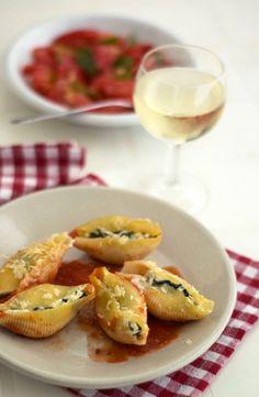 gourmets {amadores}: Conchas recheadas com espinafres e ricotta