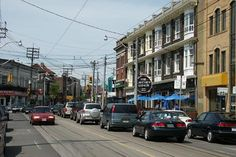photo of Dundas and Ossington, the sign for the Lakeview restaurant is visible, many, many films have had scenes filmed there including Boondock Saints & Cocktail