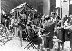 Ternopil (Tarnopol), Ukraine. Jews trading in a ghetto street.