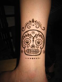 henna meets sugar skull.  Two of my favorites