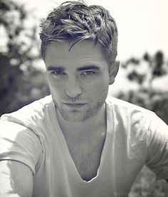 Rob Pattinson is a hottie