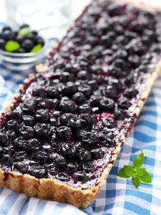 3 Summer Pie Recipes: Berry Pie, Key Lime Pie, and Peach Pie Pie Recipes, Sweet Recipes, Summer Pie, Good Pie, Dessert Aux Fruits, Berry Pie, Sweet Tarts, Sweet And Salty, No Bake Desserts