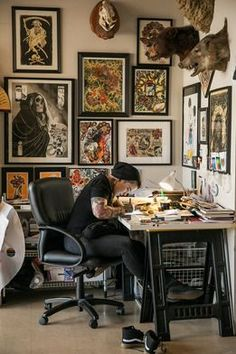We sat down with tattoo artist & Kick-Ass Chick, Jasmine Wright in her SD studio to talk tattoos & life choices. Artist Workspace, Workspace Design, Studio Room, Dream Studio, Tattoo Shop Decor, Tattoo Studio Interior, Tattoo Station, Art Studio Design, Studio Art