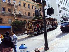 Mobilidade não tem de ser moderna - pode aproveitar o antigo: bondinho de San Francisco - não é só turismo!