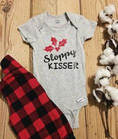 This Christmas onesie is perfect for your newest little addition to the family. This listing is for a … Cheap Kids Clothes, Baby Kids Clothes, Boy Onesie, Onesies, Baby Boy Fashion, Kids Fashion, Fashion 2016, Fall Fashion, Fashion Trends