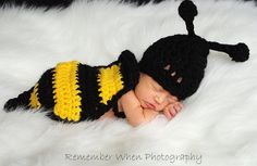 Items similar to Crochet baby photography prop Bee hat and body on Etsy Mama Baby, Crochet Crafts, Crochet Projects, Cute Kids, Cute Babies, Babies Stuff, Baby Bumble Bee, Bumble Bee Nursery, Bee Hat