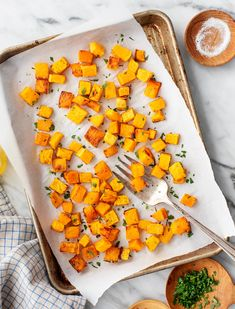 Learn how to roast butternut squash perfectly every time Golden brown and caramelized roasted butternut squash is a delicious side dish but its also an excellent addition. Acorn Squash Roasted, Baked Butternut Squash, Baked Spaghetti Squash, Thanksgiving Side Dishes, Thanksgiving Recipes, Fall Recipes, Chipotle Sauce, Creamy Mashed Potatoes, Side Dishes Easy