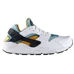 uk availability 58a2e 9bcef Nike Huarache - Mens at Foot Locker Canada Huaraches Shoes, Shoe Deals,  Tennis Fashion
