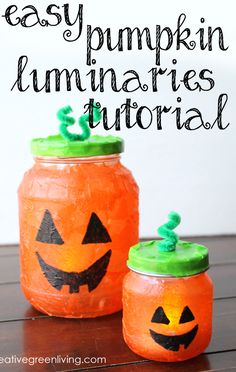 How to make super easy jack o lantern luminaries from recycled jars. This is the perfect craft to do with kids! How to make super easy jack o lantern luminaries from recycled jars. This is the perfect craft to do with kids! Dulceros Halloween, Halloween Crafts For Kids To Make, Easy Crafts For Kids, Crafts To Do, Pumpkin Crafts Kids, Baby Food Jar Crafts, Baby Food Jars, Diy Halloween Luminaries, Diy Halloween Decorations