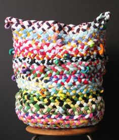 DIY Braided Basket. Made from old t-shirts. by ritari