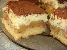 Mennyei Almás-pudingos piskóta recept! Családom nagy kedvence ez a sütemény. Könnyű, krémes, habos finomság.