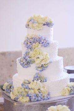 Nice floral cake
