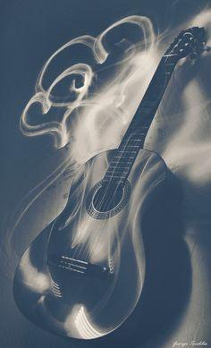 Guitar art. Hearts. http://www.guitarandmusicinstitute.com http://www.guitarandmusicinstitute.com