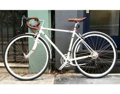 Get ready for spring with this bright white #bike