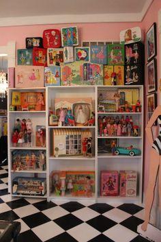 Barbie Room, Barbie Doll House, Doll Display, Vintage Barbie Dolls, Barbie Collector, Barbie World, Doll Toys, Fashion Dolls, Childhood Memories