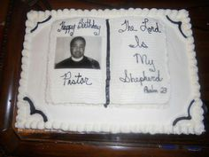 Pastor cake with photo Preacher Cookies, Christian Cakes, Pastor Appreciation Day, Almond Wedding Cakes, Melting Chocolate, Cake Cookies, Quick Easy Meals, Fondant, Cake Decorating