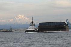 Foss tug, commencement Bay tacoma, WA 2014