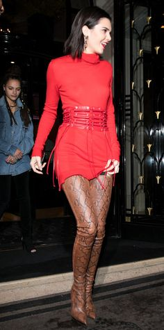 Kendall Jenner Bares Her Midriff in a Hot Pink Crop Top In a Ben Taverniti x Unravel Project dress and corset with AnneliseMichelson earrings and Balmain boots while out in Paris Crotch Boots, Snakeskin Boots, Mode Blog, Kendall Jenner Outfits, Sexy Boots, High Boots, Ladies Dress Design, Kardashian, Kylie