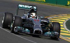 F1, Melbourne. Hamilton fa il marziano. Ferrari in odore podio #formula1 #mercedes #ferrari