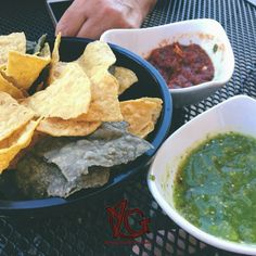 Always seem the best when you're sitting at a table in a Mexican restaurant waiting for your meal to be served! Good Foods To Eat, Foods To Avoid, Braces Food To Avoid, After Braces, Ceramic Braces, Getting Braces, Dental Braces, Soft Foods, Food Charts