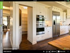 a walk in pantry like this would be a dream come true!