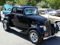 Willys : 77 coupe coupe 2 door 1933 Willys 77 Original Steel Coupe with 392 Hemi, hot and street rod - http://www.legendaryfind.com/carsforsale/willys-77-coupe-coupe-2-door-1933-willys-77-original-steel-coupe-with-392-hemi-hot-and-street-rod-2/