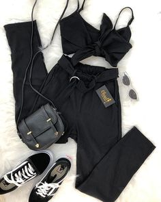 18 Trendy Vintage Clothes For Teens Casual Cute Dresses Teen Fashion Outfits, Edgy Outfits, Outfits For Teens, Cool Outfits, Womens Fashion, Fiesta Outfit, Tumblr Outfits, Aesthetic Clothes, Cute Dresses