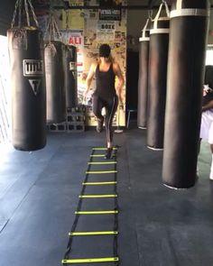 Khloe Kardashian Workout Tips - How Khloe Kardashian Lost Weight