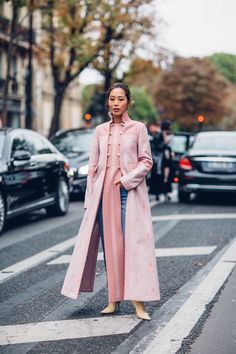 Power Suits Took Over the Street Style Crowd At Paris Fashion Week | Fashionista