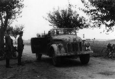 Mannschaftskraftwagen Kfz. 70 (Steyr typ 1500 A) | Le lieute… | Flickr