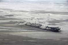 #DailyEscape: The skeletons of old shipwrecks that line the Namibian coast taken by Vicki Brown .  #ExploreNamibia : http://stories.namibiatourism.com.na/blog