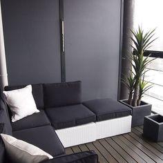 CASA Blogit - Oma Koti Valkoinen Exterior Design, Interior And Exterior, Interior Ideas, Balkon Design, Loft Style, Balcony Garden, Apartment Interior, Small Apartments, Outdoor Furniture