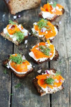 Wine drinking and grape growing Veggie Recipes, Whole Food Recipes, Vegetarian Recipes, Vegan Appetizers, Appetizer Recipes, Carrot Lox, Bagel Toppings, Vegan Patties, Sandwiches
