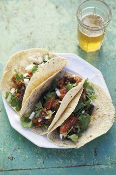 Tacos de Barbacoa .